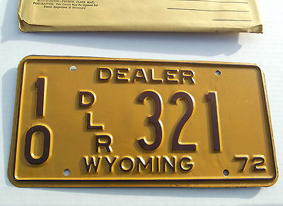 Nice Old 1972 WYOMING DEALER License Plate Tag #10 DLR 321 NOS New Old Stock