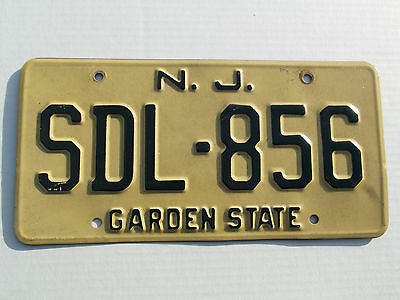 Used 1970 NEW JERSEY GARDEN STATE Reflectorized License Plate # SDL-856 Antique