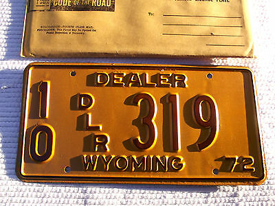 Nice 1972 WYOMING DEALER License Plate Tag #10 DLR 319 NOS New Old Stock