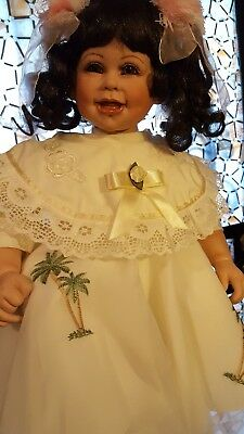 Fayzah Spanos & PRECIOUS HEIRLOOM DOLLS PORCELAIN LOVEY DOVEY WITH CERTIFICATE