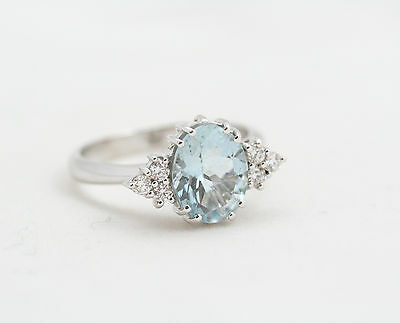 Ring Aquamarine and diamonds new