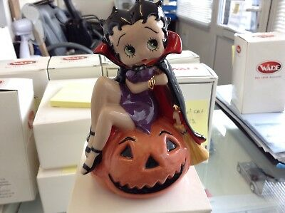 """VERY RARE WADE C & S COLLECTABLES """" BETTY BOOP HALLOWEEN """" L/Edition 178/ 750."""