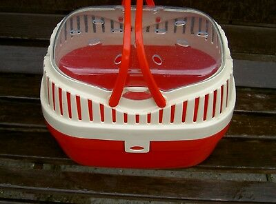 Pet carrier small suitable for gerbils, hamsters, small rabbit in GOOD CONDITION