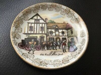 Midwinter Pottery Small Dish Old Coach House York