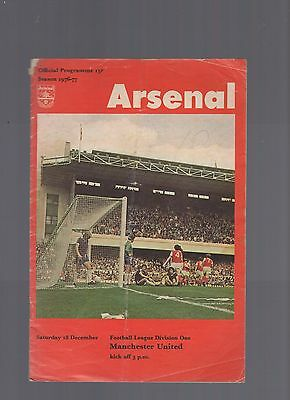 oo Arsenal v  manchester united 1976-1977 18th december Football Programme  oo