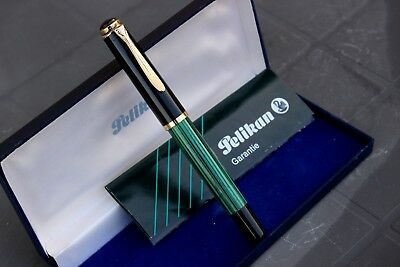PELIKAN M400 OLD STYLE-Fountain Pen-ITALIAN EMERALD GREEN Made only in 1990-FULL