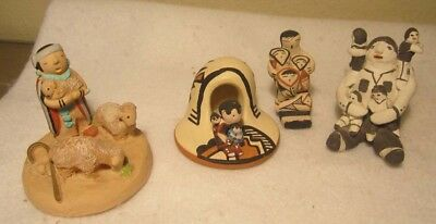 Pueblo Native American New Mexico Clay Pottery Storyteller Miniatures 1980's