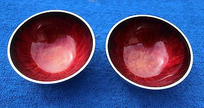 pair of Red feathered effect aluminium dishes