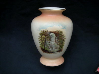 Vintage SHELLEY Souvenir VASE, 'BRIDAL VEIL FALL, KATOOMBA, NSW, 128 mm Tall