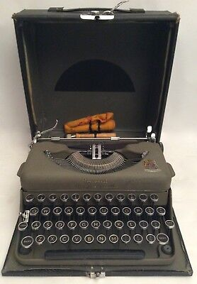 "Vintage Imperial ""The Good Companion"" Typewriter"