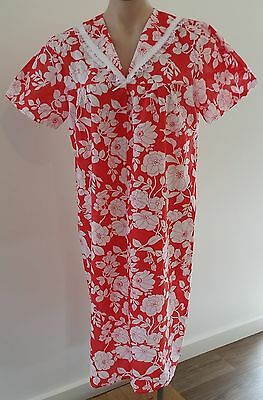 Vintage 1970s Handmade RED WHITE Floral Cotton House Dress Nightie size 12