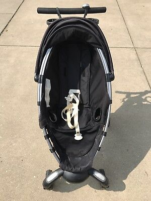 4moms Origami Power Fold Black/ Silver Single Seat Stroller. Pre-owned/Used
