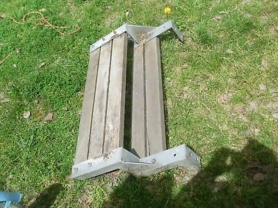steel frame for steps timber slats gardening building materials diy handy man ??
