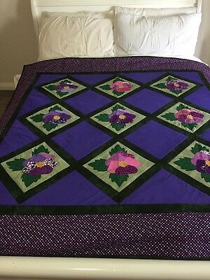 "Handmade quilt (pansies) With Appliqué Large Size 63"" X 60"""