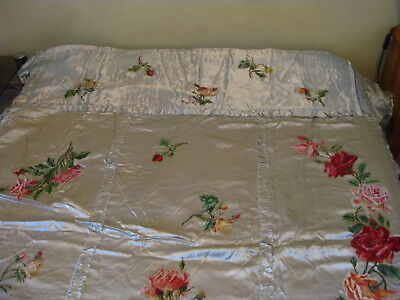ANTIQUE QUILT COVERLET BEDSPREAD SATIN HAND PAINTED ROSES 1940s