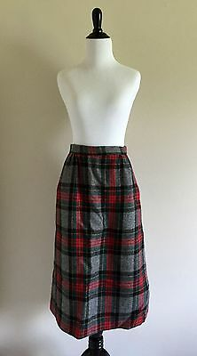 Vtg 1970s Red, Green, and Gray Plaid A-Line Winter Skirt, Small/Medium