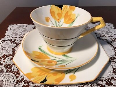 Vintage Art Deco Paragon Trio Hand Painted Yellow Crocus