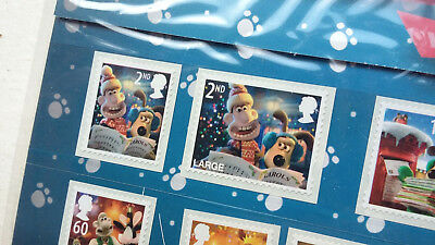 New 2010 Christmas with Wallace and Gromit Mint Stamps With Advent Calendar
