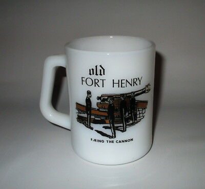 Federal Old Fort Henry Mug Cup Milk Glass Black Gold Cannon Historic Canada