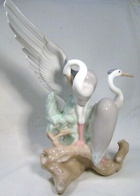 LLADRO/NAO Stunning Herons standing on a branch  Large piece   (Herons Resting)