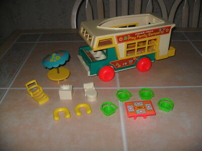 Vintage Fisher Price Little People Camper # 940 w/Accessories