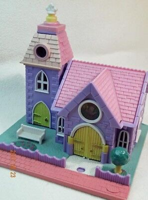 "Polly Pocket  "" Light-up Wedding Chapel "" 1993"