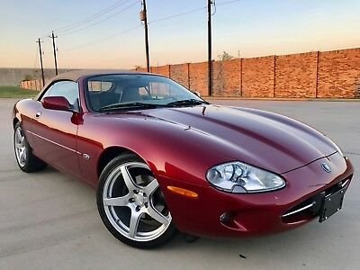 1997 Jaguar XK8 Two Door 1997 Jaguar XK 8 2 Door Convertible Low Mileage Luxury Sports Car Like New!