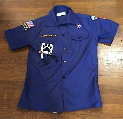 BOY SCOUTS OF AMERICA SHIRT, Size Youth M, BSA, Blue, Patches, bear paw, beads