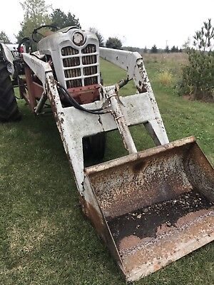 "Kelley Loader W/ 40"" Bucket, Brackets For Ford Tractors  Fits Many Models"