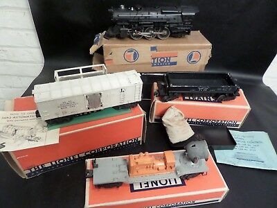 Vintage Lionel Trains 675 Loco,3462 Milk Car, 3459 Dumping Car, 6520 Searchlight
