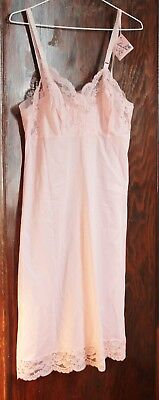 Vintage Love Lines by Gay Lure PINK Lace Full Slip sz 36 with tag unused