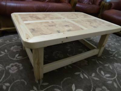Rustic Style Coffee Table - UNIQUE