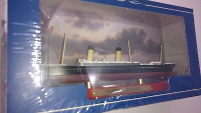 Atlas Editions Liners RMS Oceanic 7 572 010 Scale 1:1250. Boxed.