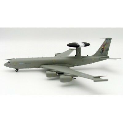 Ife3D0717 1/200 Uk Air Force Boeing E-3D Sentry Aew1 (707-300) Zh106 With Stand