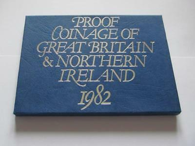Royal Mint Proof Coin Set 1982 - Great 35 Year Old Set in good condition