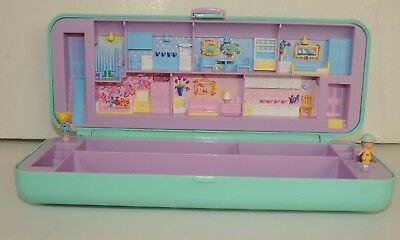 Vintage Polly Pocket  Pencil case box Compact  from 1990 with 2 Dolls