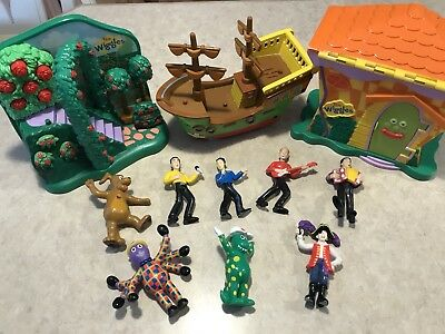The Wiggles! Extremely Rare Set Of Toys, Collectables, With Original Yellow Greg