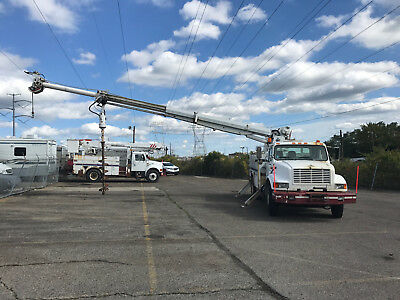 1998 International 4900 Altec 47' Digger Derrick Boom Truck Diesel Auto AC Winch