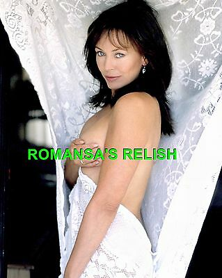 Lesley Anne Down  Photographic Image R714