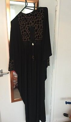 Ladies Dubai Black Abaya With Matching Scarf