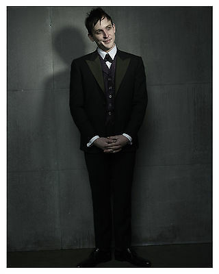 --- GOTHAM ----tv show--ROBIN LORD TAYLOR (Penguin) 8x10 Photo-b-