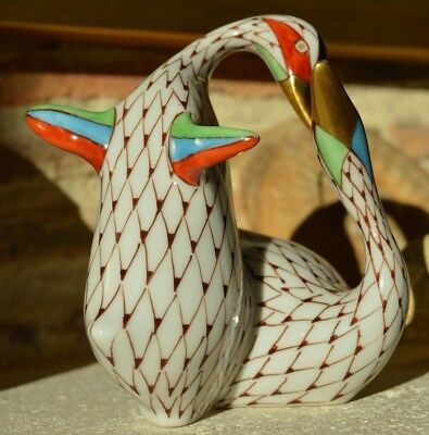 Hungarian Hand Painted Porcelain Fishnet Pattern Hollohaza Geese Figures