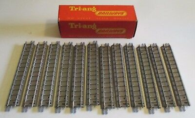 TRI-ANG 12 Pieces of Grey Base Straight Track R 96 Boxed Vintage