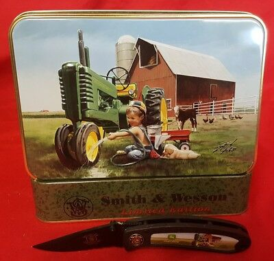 Vintage John Deere Smith & Wesson Pocket Knife With Decorative Tin