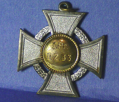 german,prussian  ww1 silvered  crosses medal Authentic
