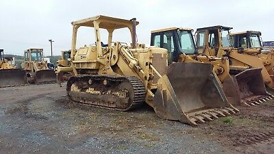 977L Cat track loader , ripper , 75% Undercarriage , 5800 +/- hours , OROPS