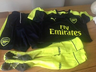 boys arsenal kit