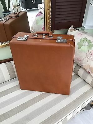 Rev-Robe Suitcase Stunning Tan Colour Immaculate Condition