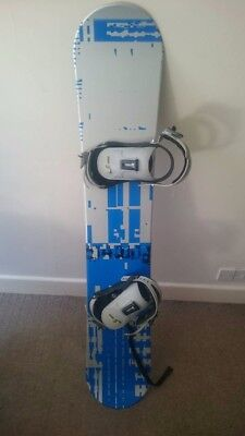 Crazy Creek  blue and silver 152cm Snowboard with Bindings