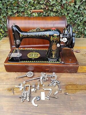 Vintage SINGER Hand cranked sewing machine With Case & Accessories